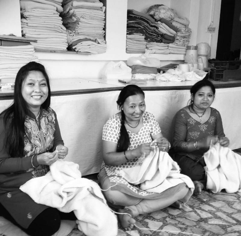 care by me - der Partnerbetrieb in Nepal bietet Frauen eine Ausbildung und soziale Absicherung