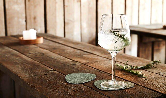 LindDNA Curve Glass Mat Glasuntersetzer